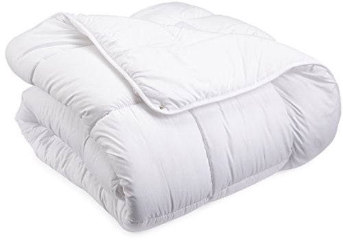 AmazonBasics Microfiber Four Seasons Quilt